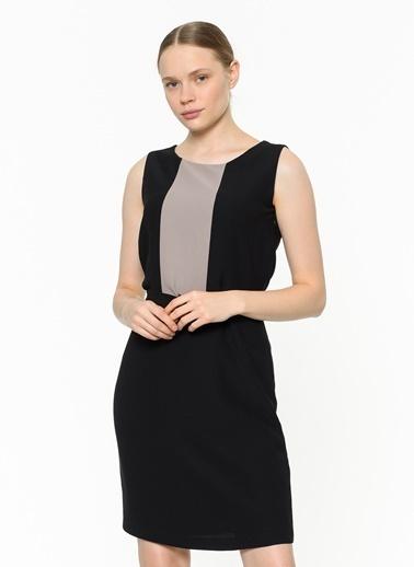 Asymmetry Kemer Detaylı Kolsuz Elbise Siyah
